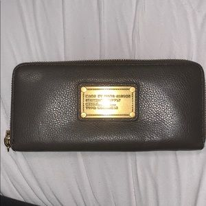 Marc Jacobs T-zip wallet